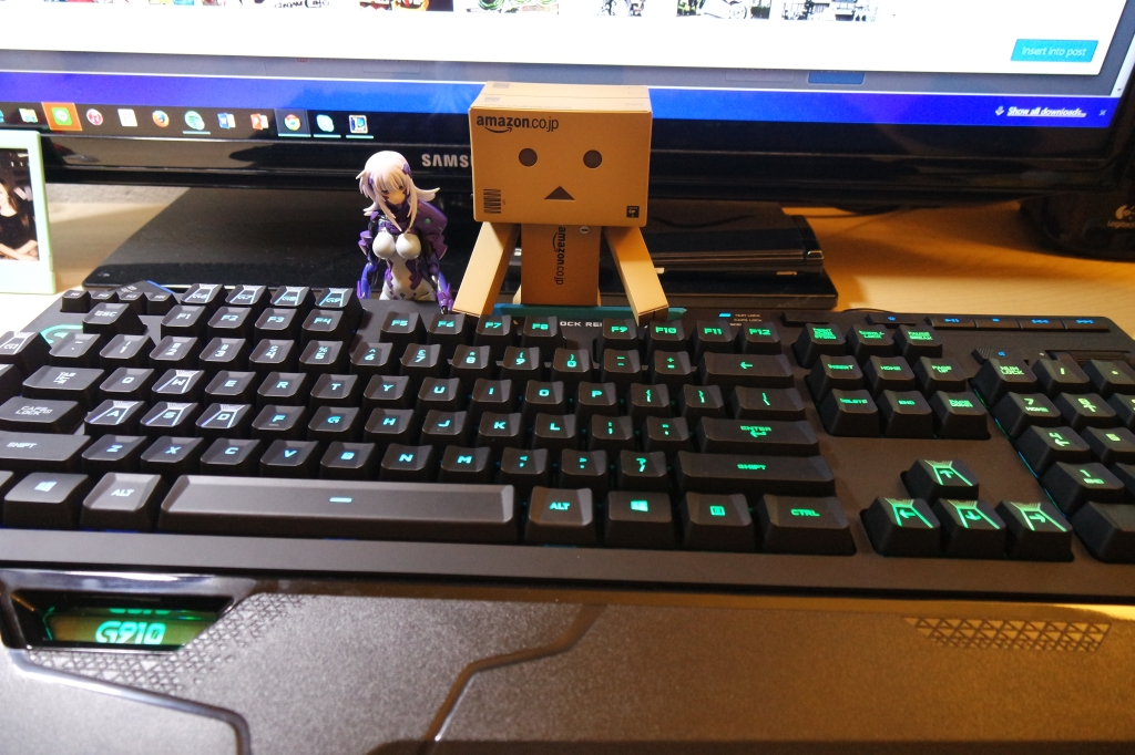 Cryska & Danbo for scale.